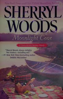 Moonlight Cove (A Chesapeake Shores Novel) Book Cover